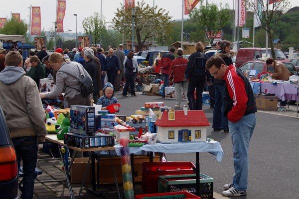Flohmarkt In Kassel Und Umgebung